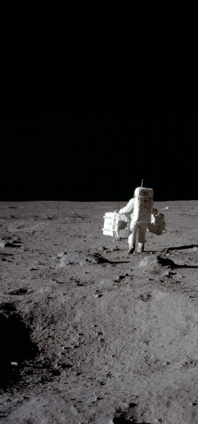 Buzz Aldrin walking on the Moon Wallpaper